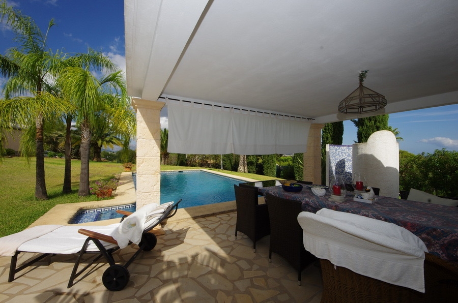 Country houses for sale in Dénia on the Costa Blanca of new construction and second hand
