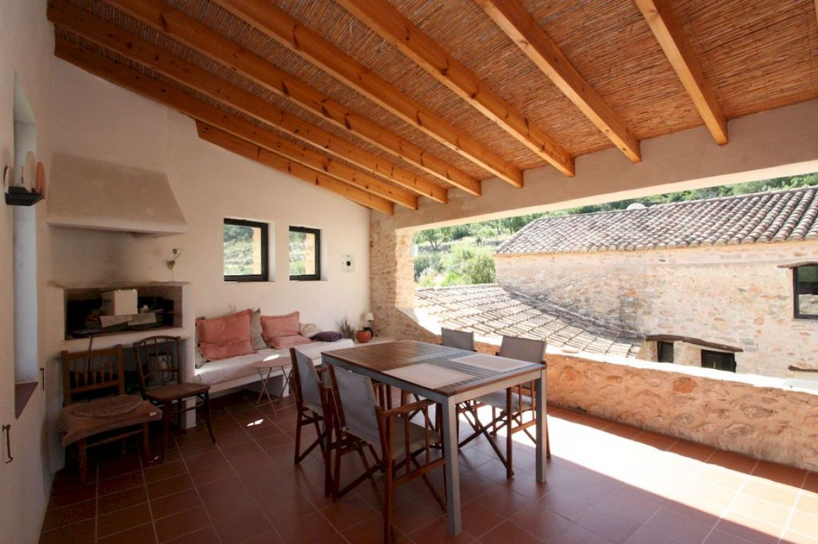 Country houses for sale in Benissa on the Costa Blanca of new construction and second hand