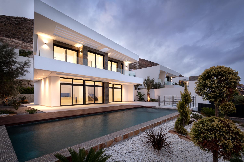 Newly built villas for sale in Finestrat