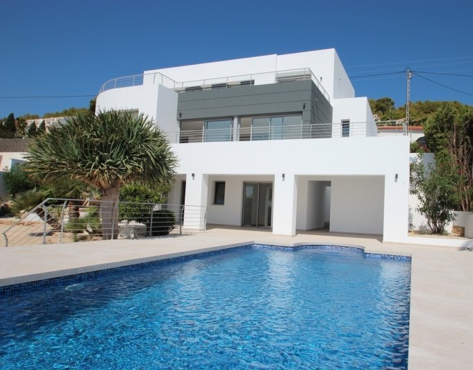 Modern new built villa with sea views in C...