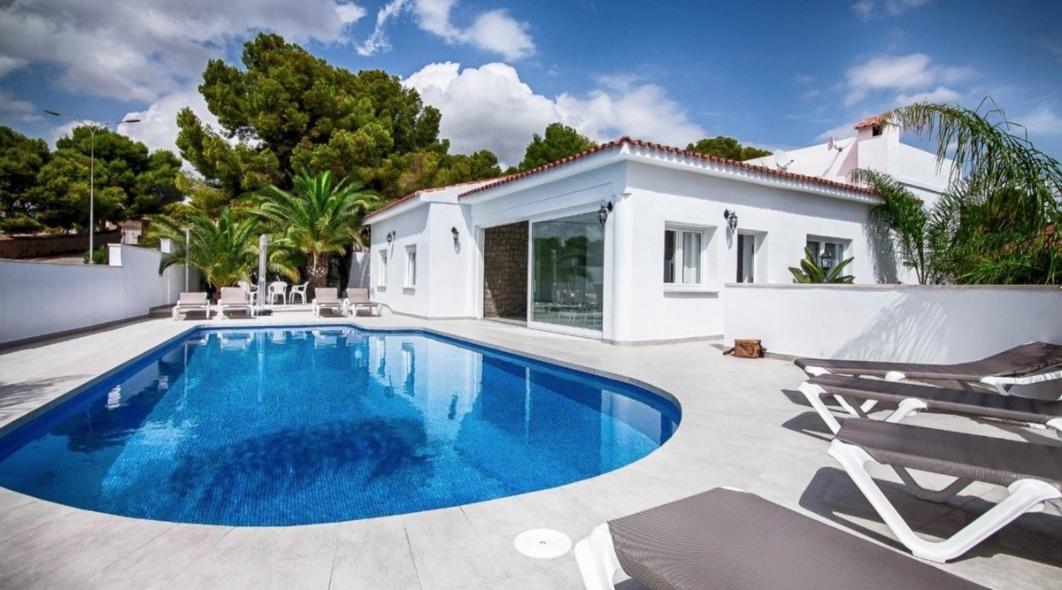 villa en moraira · st-james 780000€