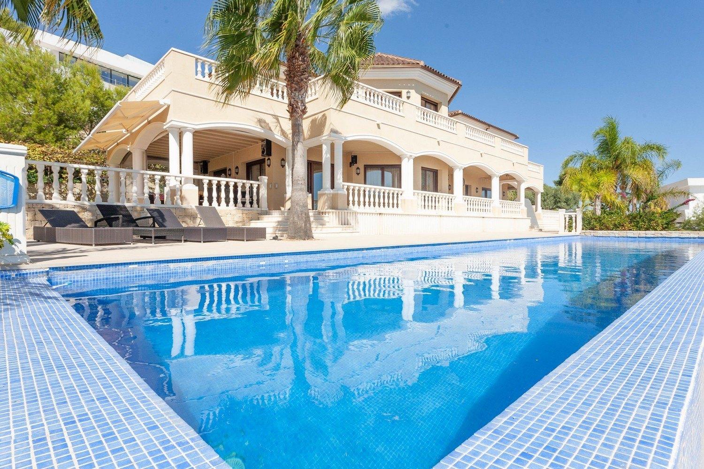Villa de lujo en venta en Raco de Galeno Benissa con vistas al mar